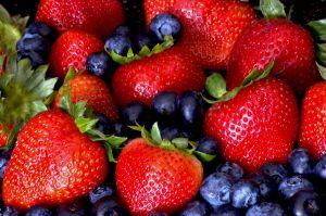 berries-1050583-m